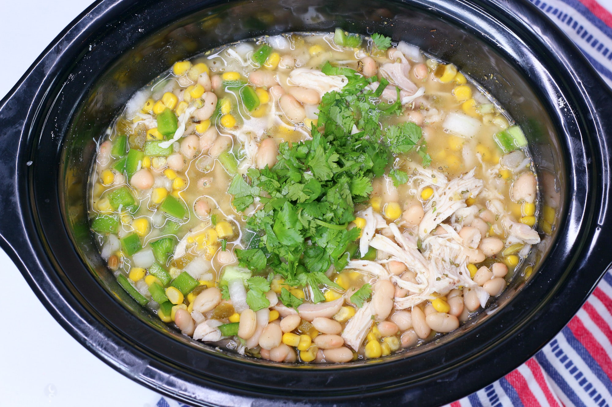 chicken chili in slow cooker