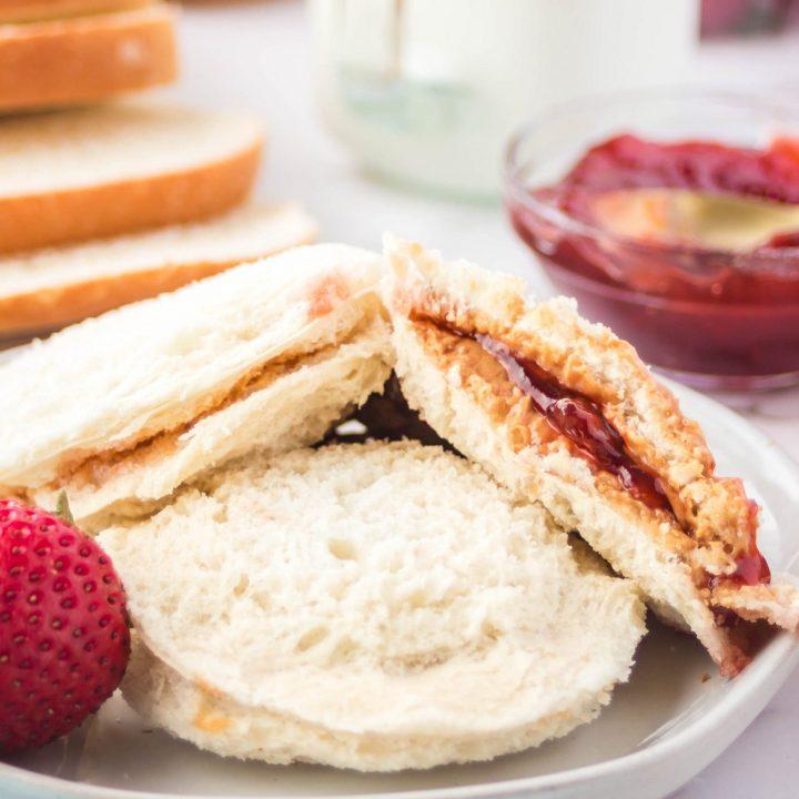 peanut butter and jam uncrustables diy recipe