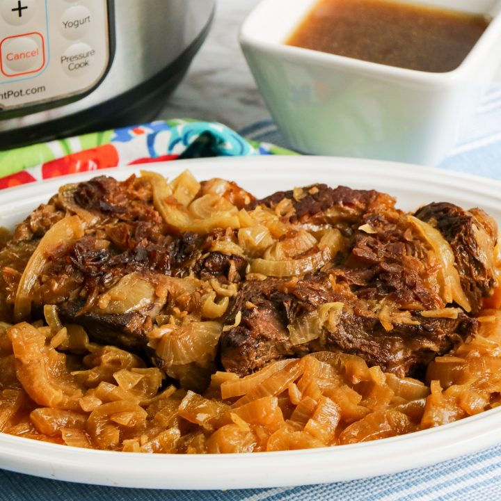 Slow Cooker French Onion Roast Beef